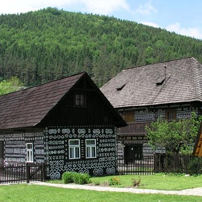 Čičmany - folklór / architektúra
